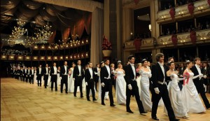 AUSTRIA-OPERA-PEOPLE–BALL